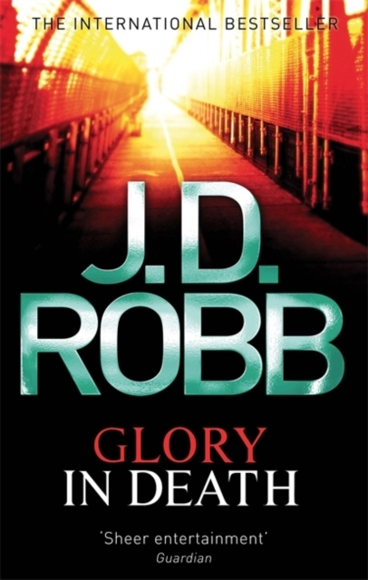Glory In Death - J. D. Robb