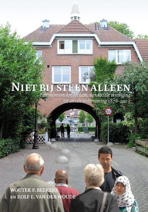 Verloren, Uitgeverij Boeken > Geschiedenis & politiek > Alle geschiedenis & politiek Niet bij steen alleen
