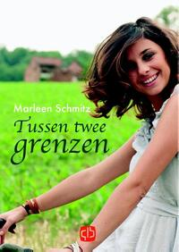 Tussen twee grenzen - grote letter uitgave-Marleen Schmitz