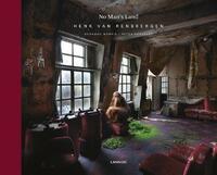No man's land - English version-Desmond Morris, Henk van Rensbergen, Peter Verhelst